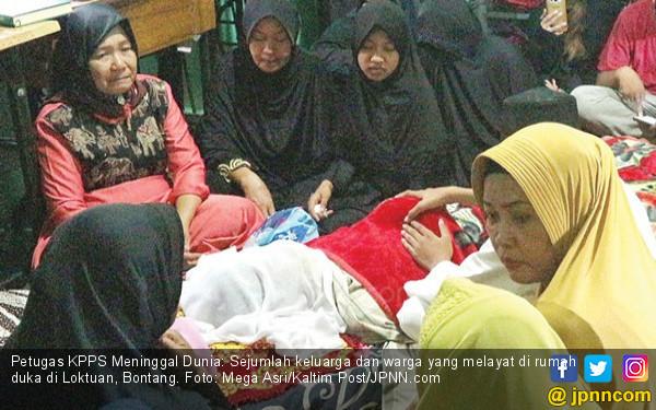 Penghitungan Ulang, Kerja 28 Jam, Ketua KPPS Badannya tak Bergerak Lagi - JPNN.COM
