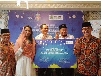 AXA Financial Indonesia dan MUI meluncurkan Program Wakaf Mudah Bersama AXA