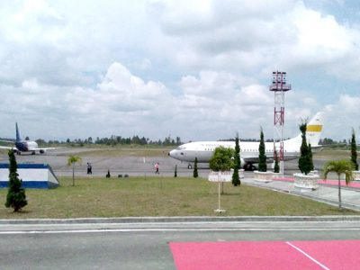 Pengusaha di Bandara Silangit Kurangi Tenaga Kerja