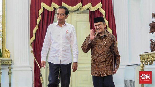 Ucapkan Selamat, Habibie Ingin Jokowi Terus Lanjutkan Kerja