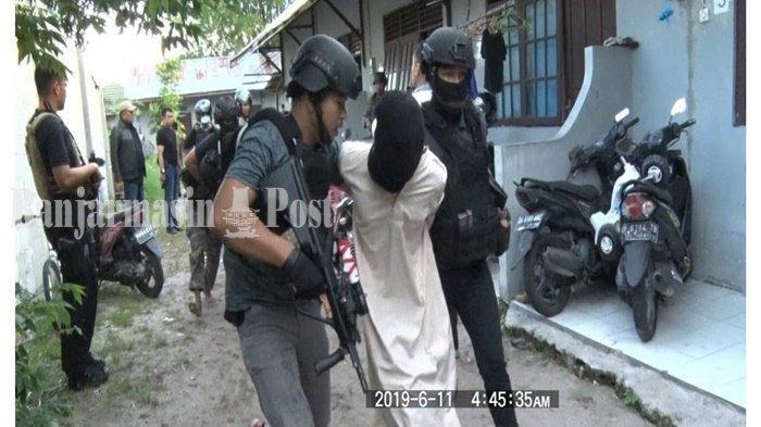 33 Terduga Teroris Ditangkap di Kalteng, Dijanjikan Kerja di Tambang Emas dan Dapat Pelatihan