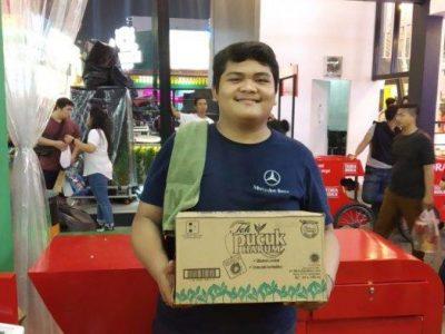 Cerita Dua Mahasiswa yang Kerja di Jakarta Fair Saat Libur Kuliah