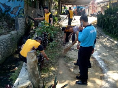 Kerja Bhakti Polsek Cidadap Polrestabes Bandung Menyambut HUT Bhayangkara Ke 73