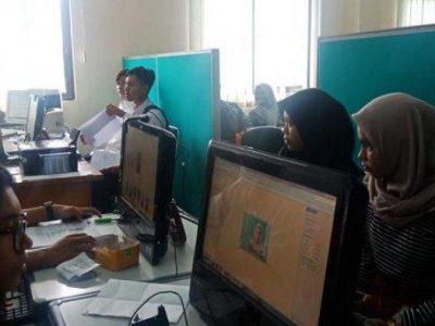 Moment Lebaran Telah Usai, Ratusan Pengangguran Berjubel Bikin Kartu Tanda Pencari Kerja